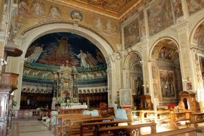 Basilica e sotterranei dei Santi Cosma e Damiano